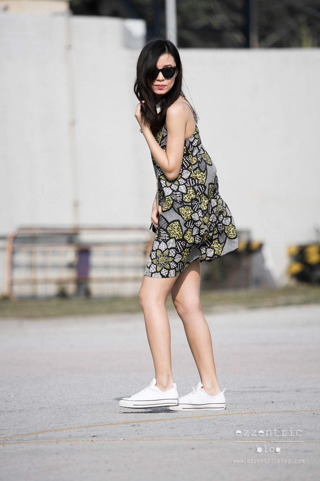 How to Style Converse Sneakers with Floral Dress , EzzentricBlog.com