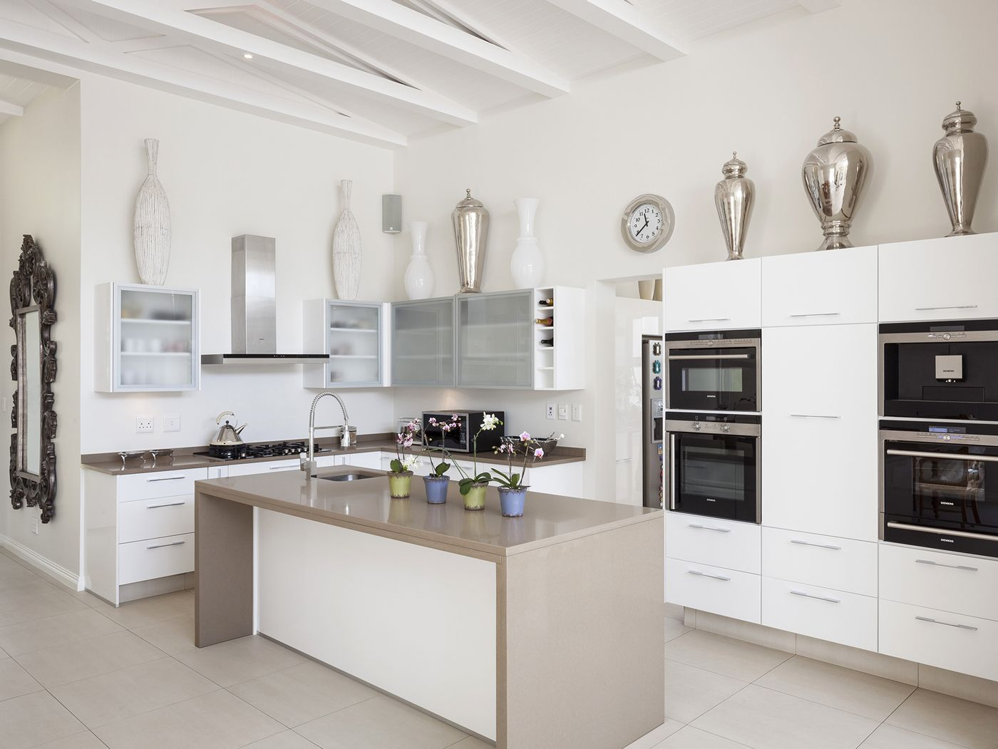 High Gloss White with Mocha Caesarstone tops | Contemporary Kitchens ...
