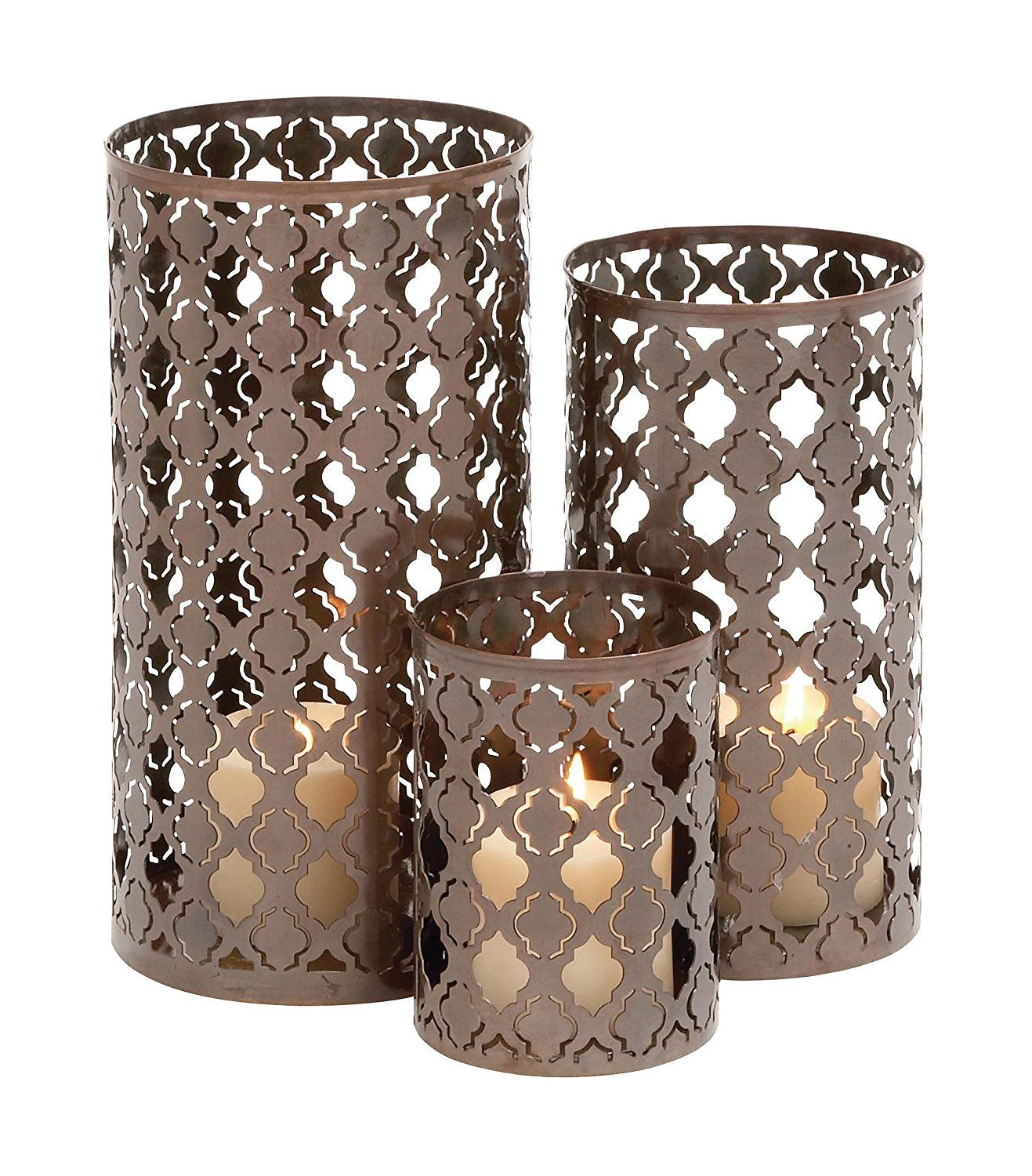Deco 79 quatrefoil metal candle holder 12 by 10 by 6inch