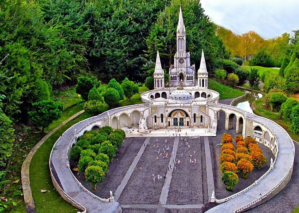 Santuario Ntra Sra Lourdes Francia Lourdes Francia Turismo Iglesias Antiguas
