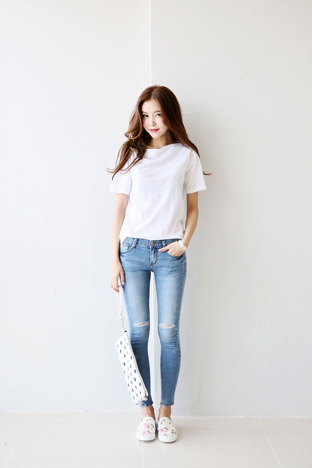 Straight Neck Tee Lio 39 S Fashion Fashion Pinterest Spring Korean Fashion And Skinny Jeans