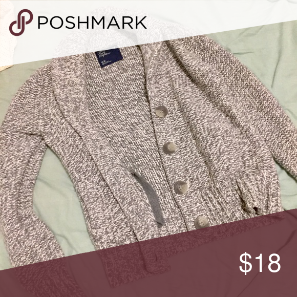 American Eagle Chunky Cardigan Size definitely runs small. Is M, but fits almost like XS. So buy if you are a XS/S, not M! Super adorable and very warm, perfect for the colder weather American Eagle Outfitters Sweaters Cardigans