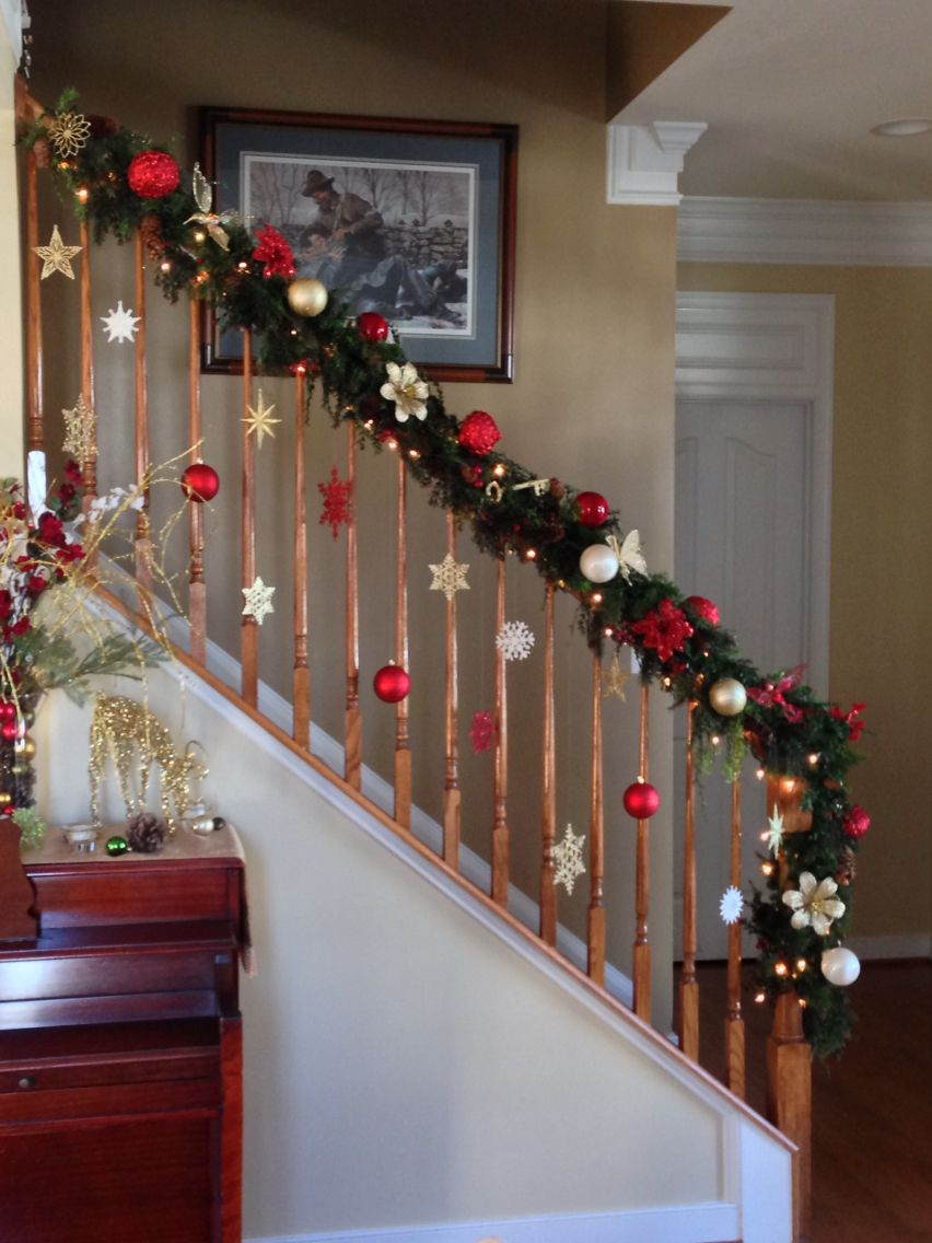 2014 Next To The Mantle The Bannister Is My Favorite Thing To Decorat Christmas Stairs Decorations Christmas Decorations Diy Outdoor Christmas Staircase Decor