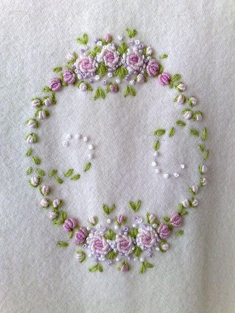 Bullion stitch embroidered roses brezilya nakisi