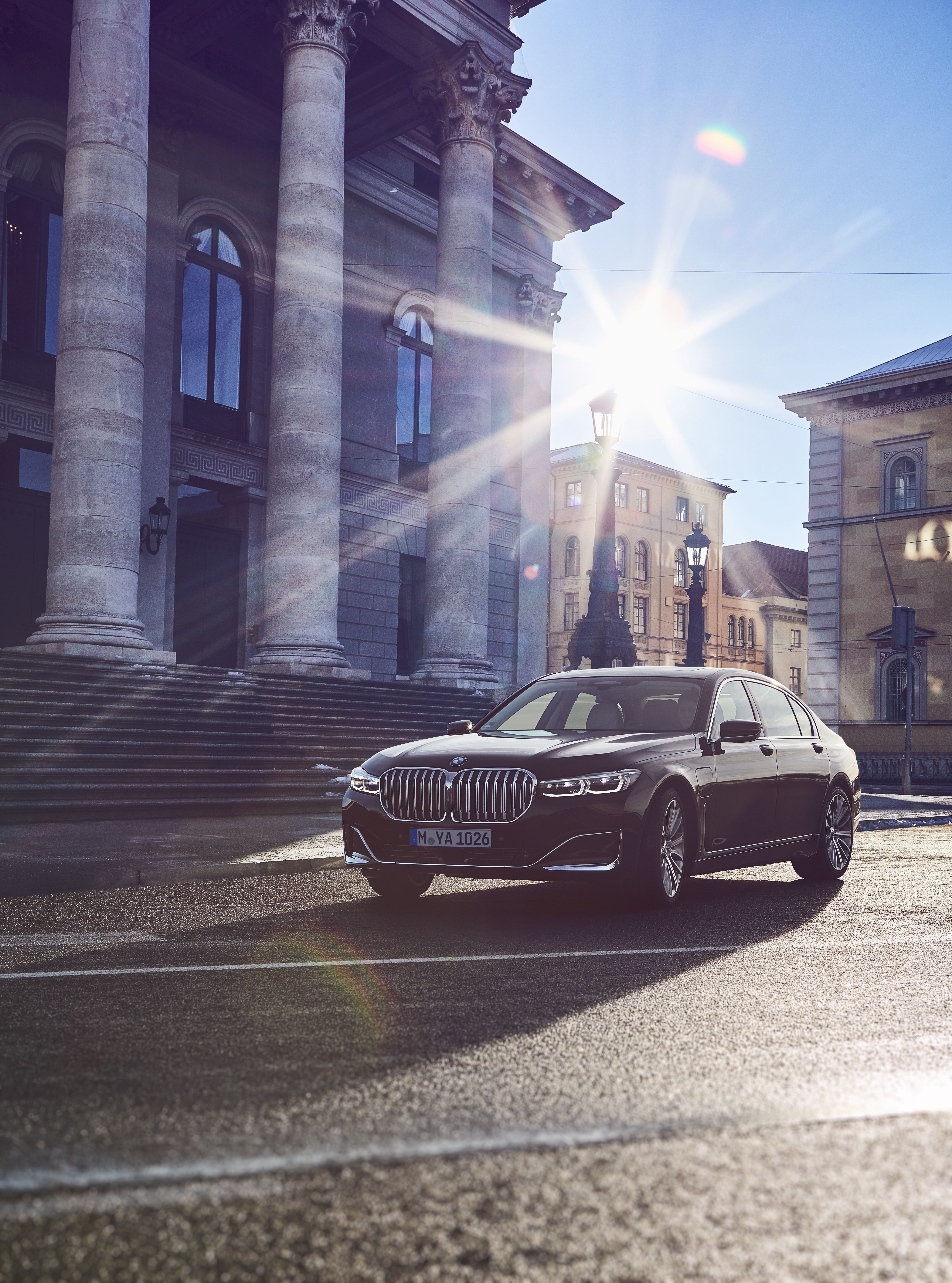 The Plug In Hybrid Models Of The New Bmw 7 Series 745e 745le And 745le Xdrive Market Launch In Spring 2019 Bmw 7 Series New Bmw Bmw