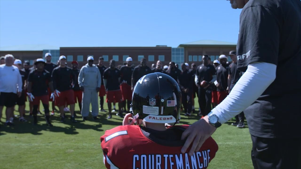 Atlanta Falcons Sign 6 Year Old Boy With Congenital Heart Disease Falcons Fan Fox Sports Atlanta Falcons