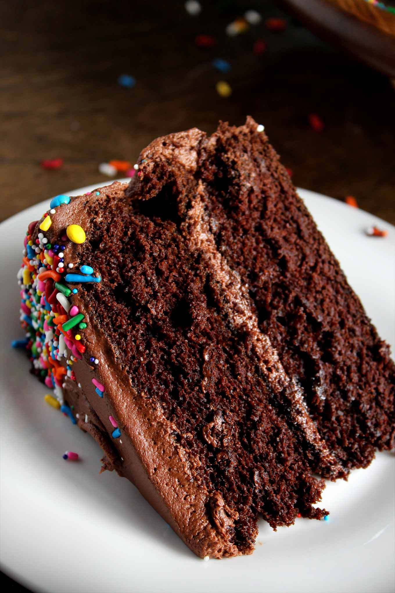 Classic Chocolate Birthday Cake Recipe Cake Recipes Ultimate