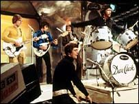 Mike Smith, the lead singer of 1960s British pop group The Dave Clark Five, has…