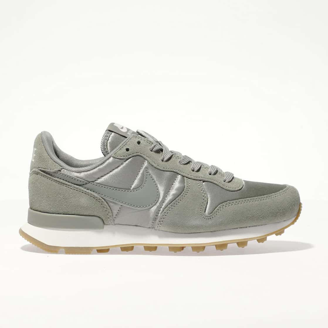 womens khaki nike internationalist trainers | schuh