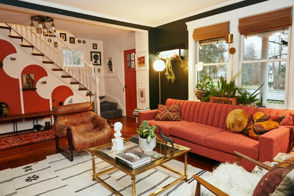 Tour Kate Pearce S Long Island New York Home Full Of Vintage Finds Hgtv In 2020 Home Home Decor House Interior