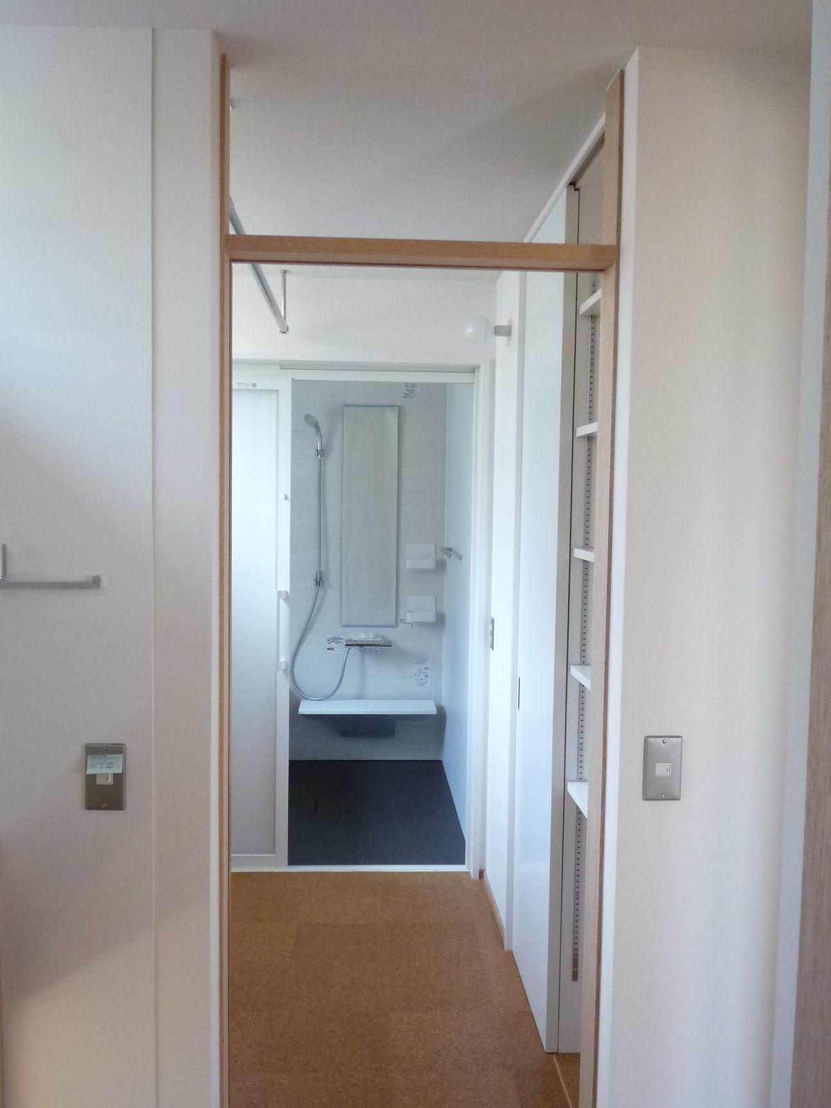 入居後web内覧会 脱衣室兼洗濯物干室 造ってよかったたっぷり収納と