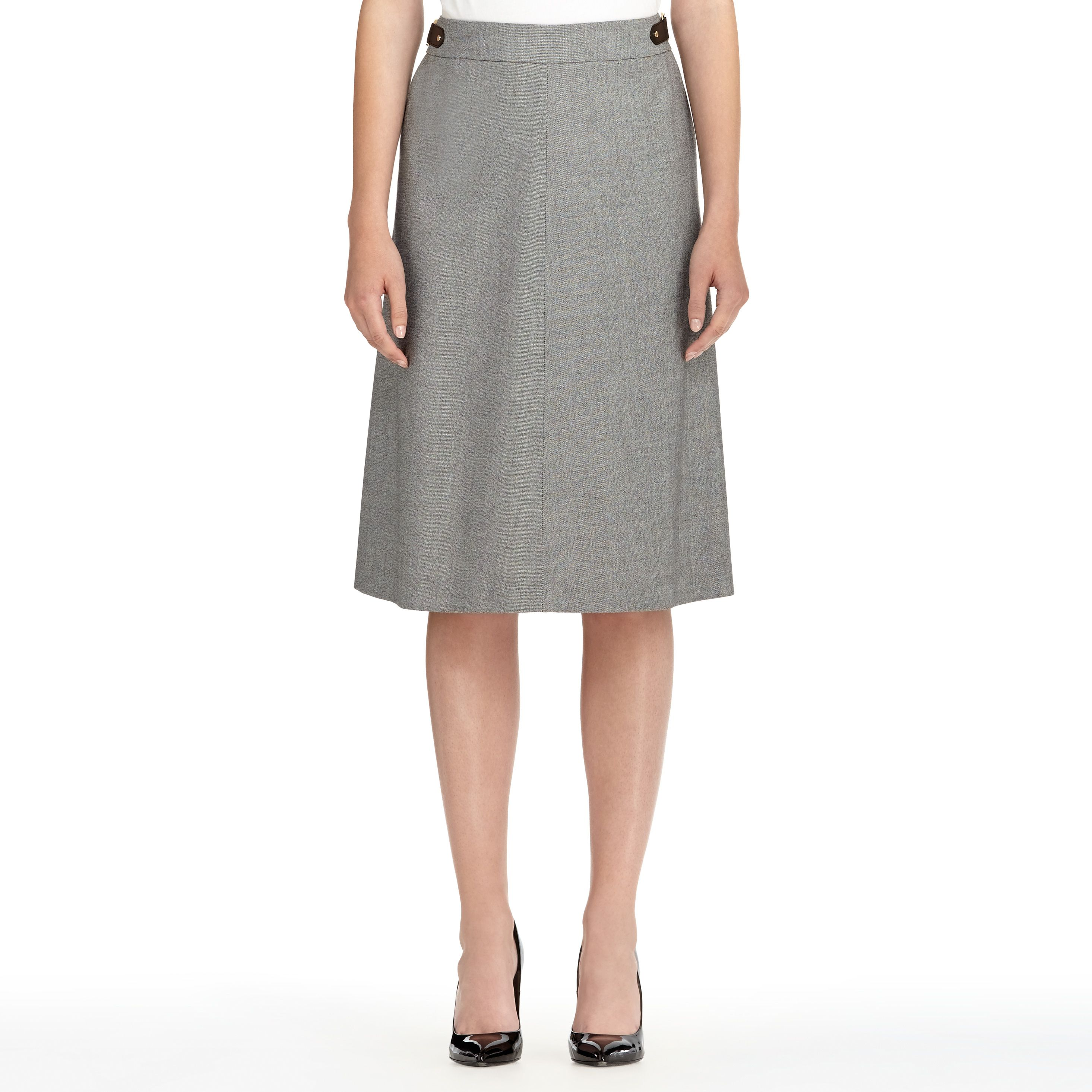 The Isabel twill A-line skirt with buckle is ideal for work when teamed with a JNY shell and blazer. A touch of stretch plus a waist-defining belt provide a fabulous fit.