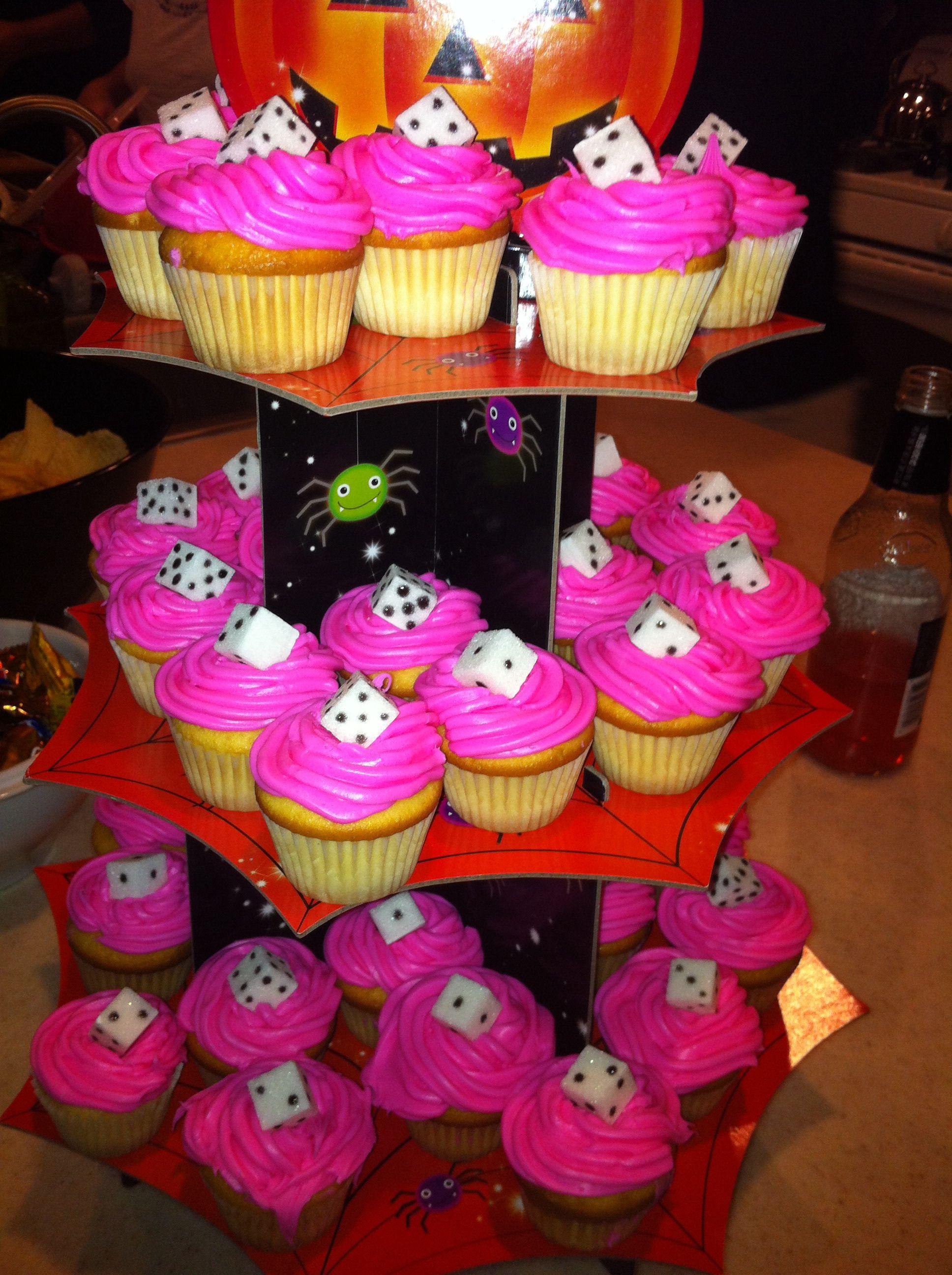 Bunco cup cakes or Vegas themed parties! | Bebé | Pinterest | Bebé