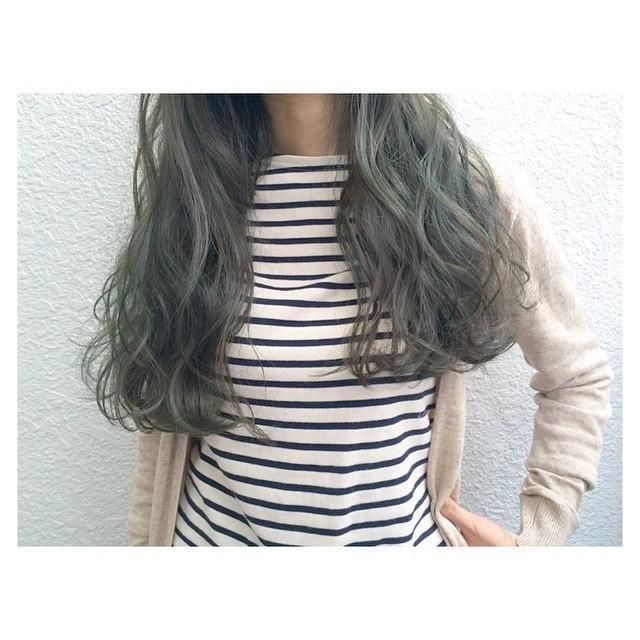 2016 緑の髪色 グラデーション アッシュ ツートーン 市販も 美人