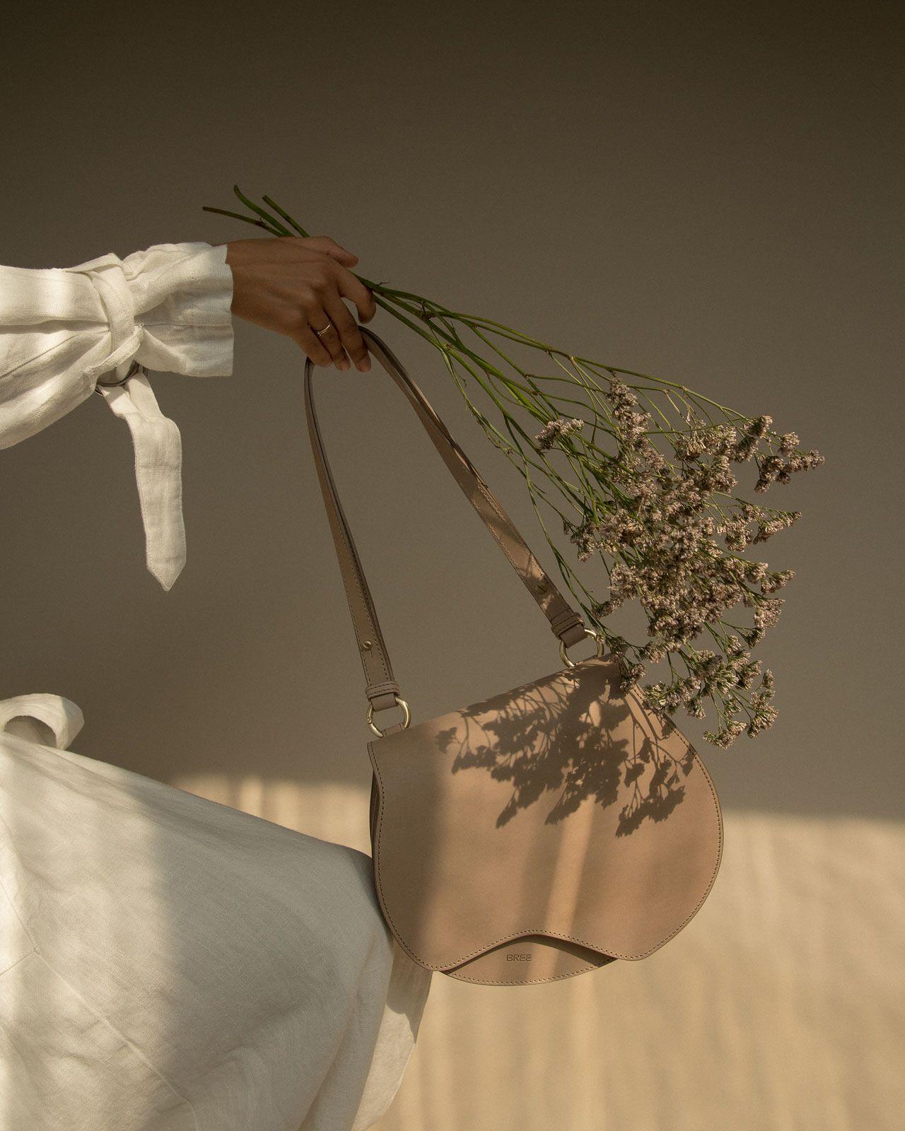klar und unverwechselbar ungleich in der Leistung Einkaufen BREE NATURE BEAUTY bag in humus shot by MARIUS KNIELING, art ...