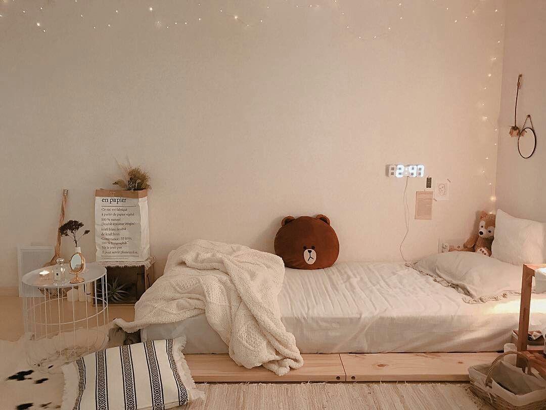침실 おしゃれまとめの人気アイデア Pinterest Valeria 寝室インテリアのアイデア インテリアデザイン 可愛いベッドルーム