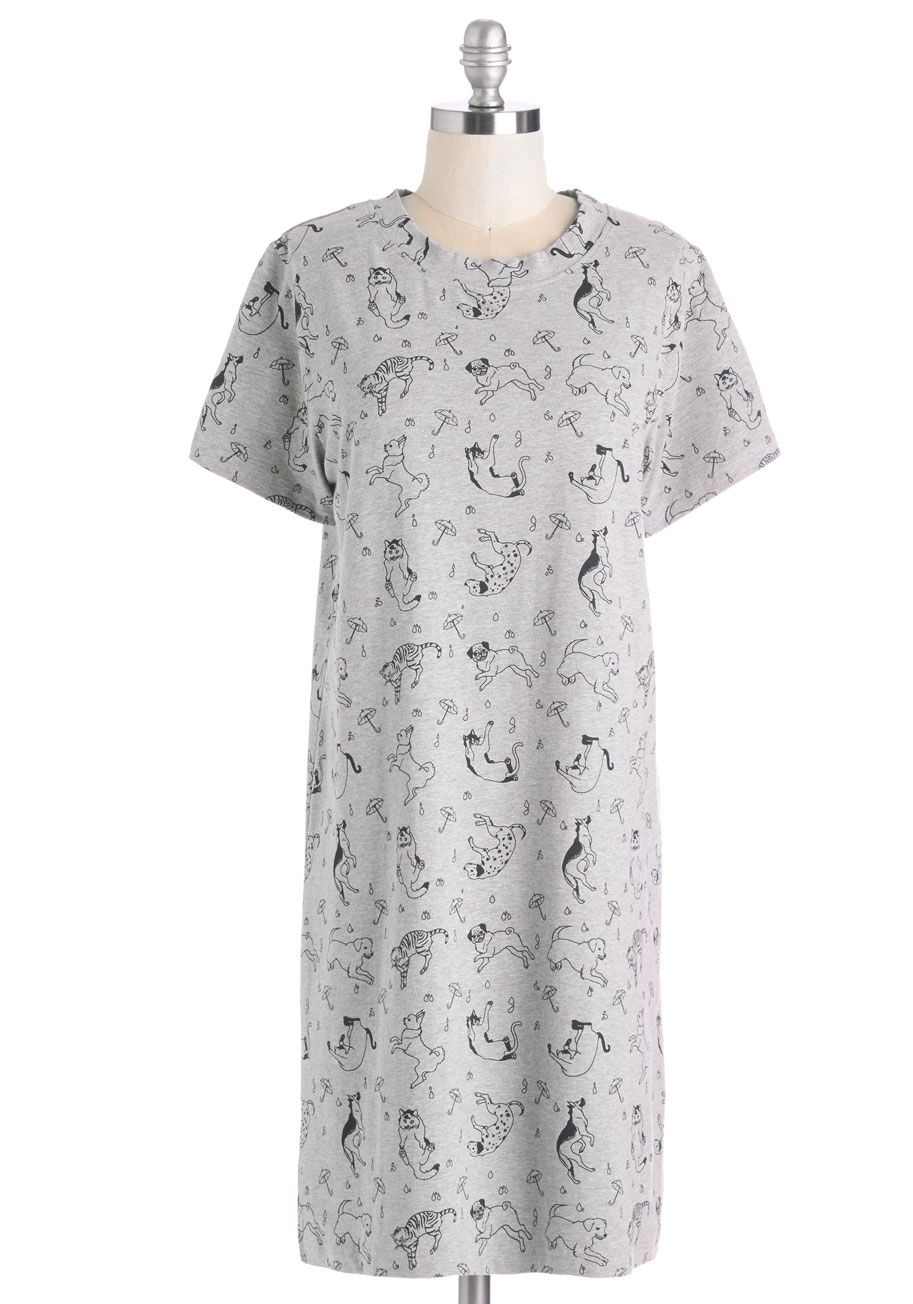 Pet it Rain Dress. Its raining cats and dogs - and youre embracing the pet conditions in this delightful t-shirt dress. #grey #modcloth