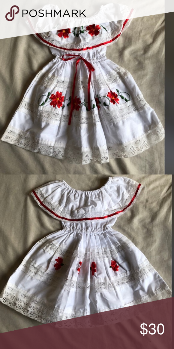 eb37c2252d9 Size  2T Off the shoulders dress. Beautiful for your little girl! Authentic  Mexican style dress Dresses