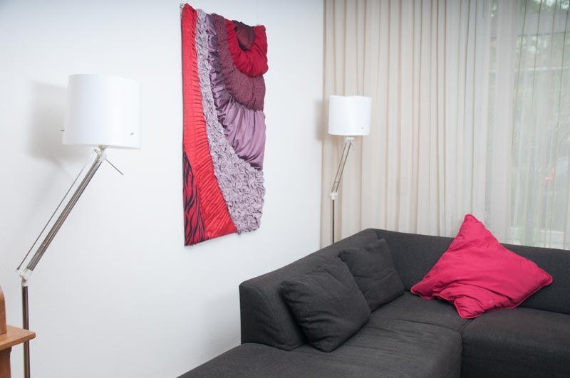 Wandkleed Rode fantasie.  ©2014 Formaat 130 cm x 85 cm x 6 cm (B x H x D).  Diverse soorten stof.  prijs op aanvraag