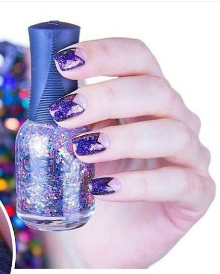 56 easy glitter nail design ideas for sporting the cool look 56 easy glitter nail design ideas for sporting the cool look solutioingenieria Choice Image