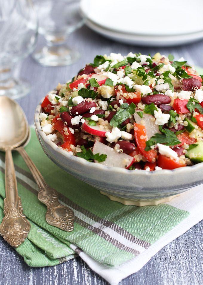 quinoa salat mit roten bohnen feta und gurke ein leichtes mittagessen rezept pinterest. Black Bedroom Furniture Sets. Home Design Ideas