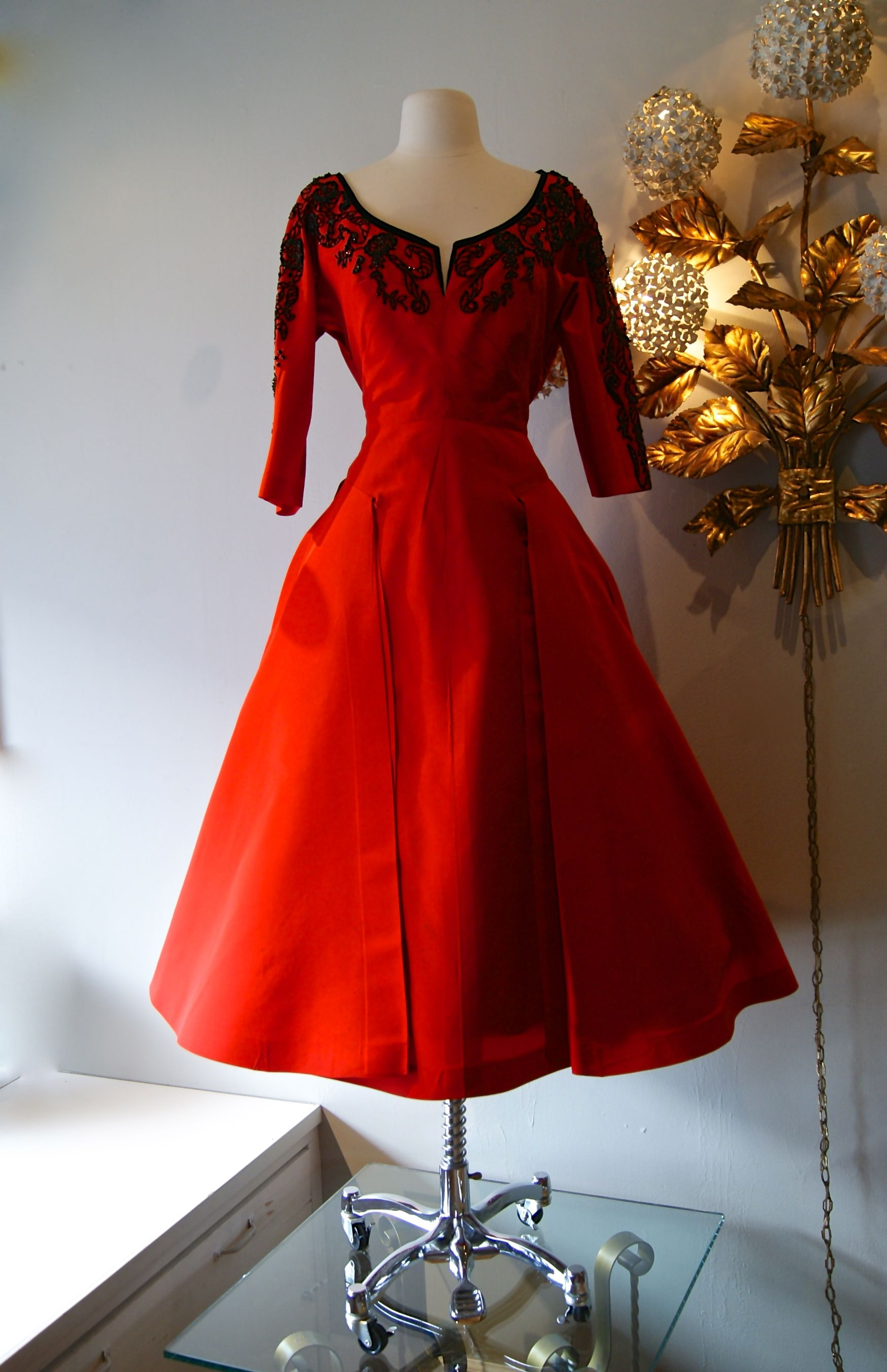 1950 S Ravishing Red Silk Faille Cocktail Dress A Sophie Original From Saks 5th Ave Dress Retro Party Vintage Dresses Vintage Fashion Retro Fashion Vintage [ 2704 x 1749 Pixel ]