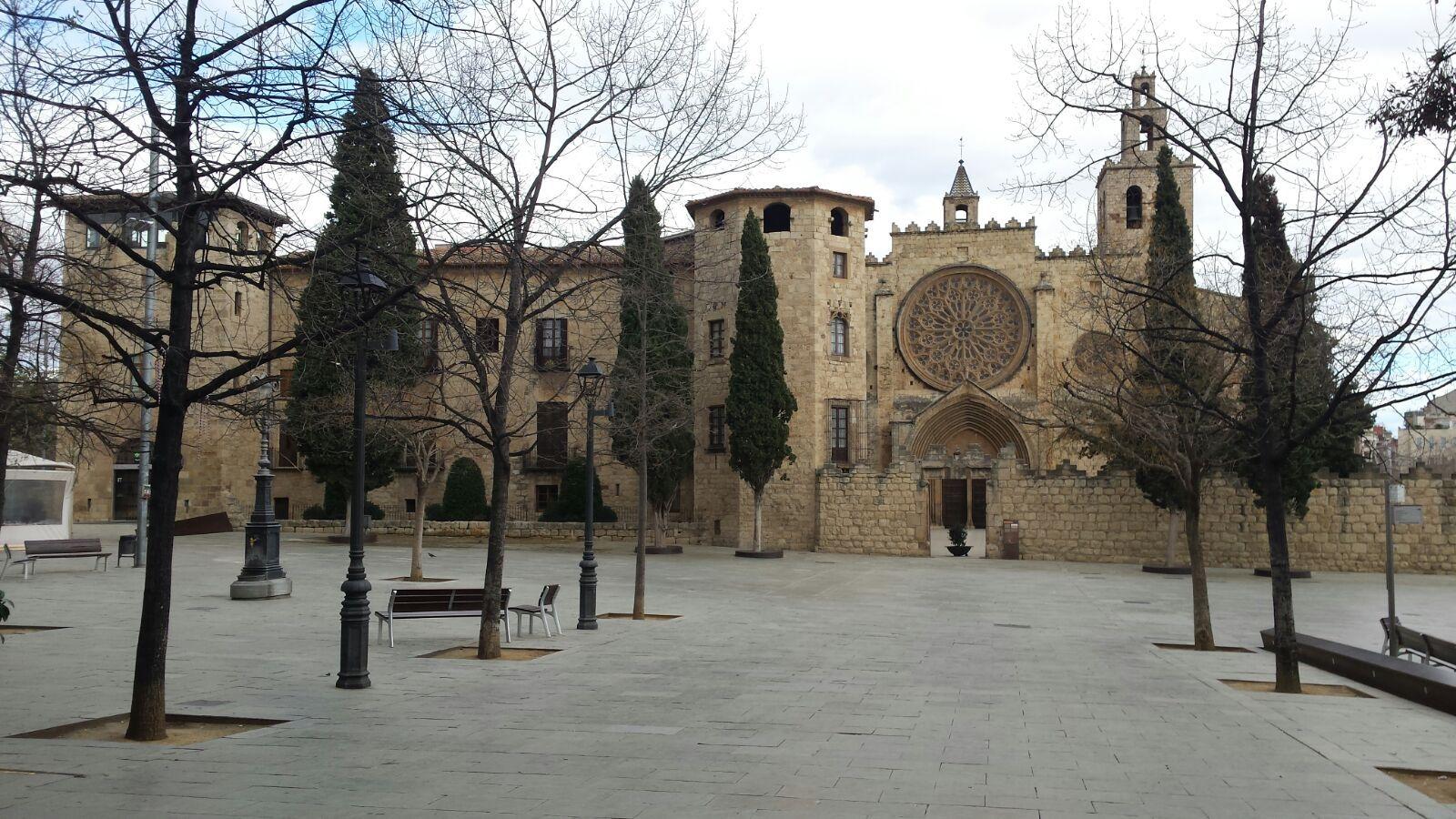 La Situación Estratégica Del Monasterio De Sant Cugat Del Vallés Por Su Proximidad A Barcelona Y La Interconexión De Cami Monasterios Barcelona Lugar De Culto