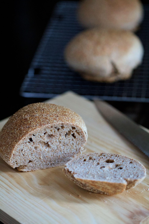 pain au levain sans levure pas pas recettes par c t maison pinterest. Black Bedroom Furniture Sets. Home Design Ideas