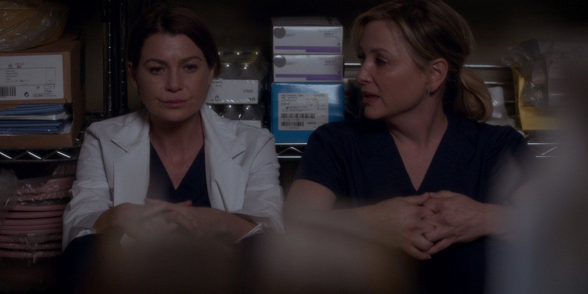 Meredith & Arizona Relive the Plane Crash Videos | G… | Grey\'s ...