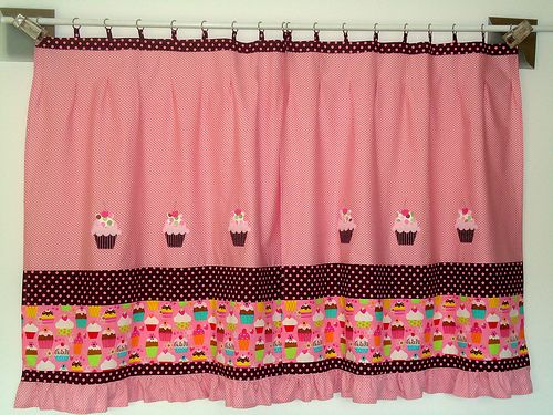 Cortina Cupcakes Printed Shower Curtain Valance Curtains Shower Curtain