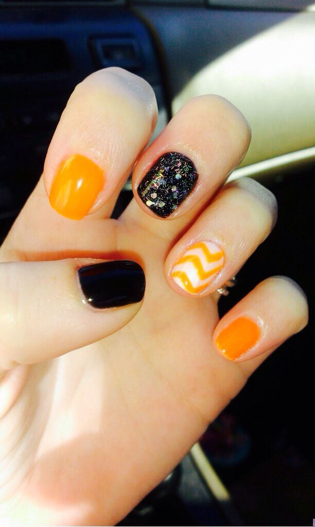 Black Orange And White Gel Nails For Halloween With Silver Glitter White Gel Nails Short Gel Nails Nails