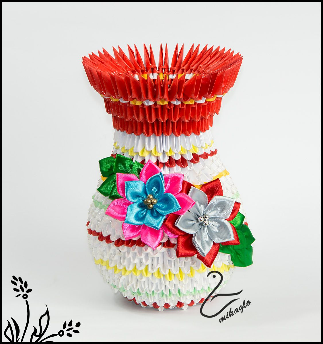 Flower vase tutorial mikaglospot origami 3d 2015 flower vase tutorial gt mikaglospot dollar origami 3d origami mightylinksfo