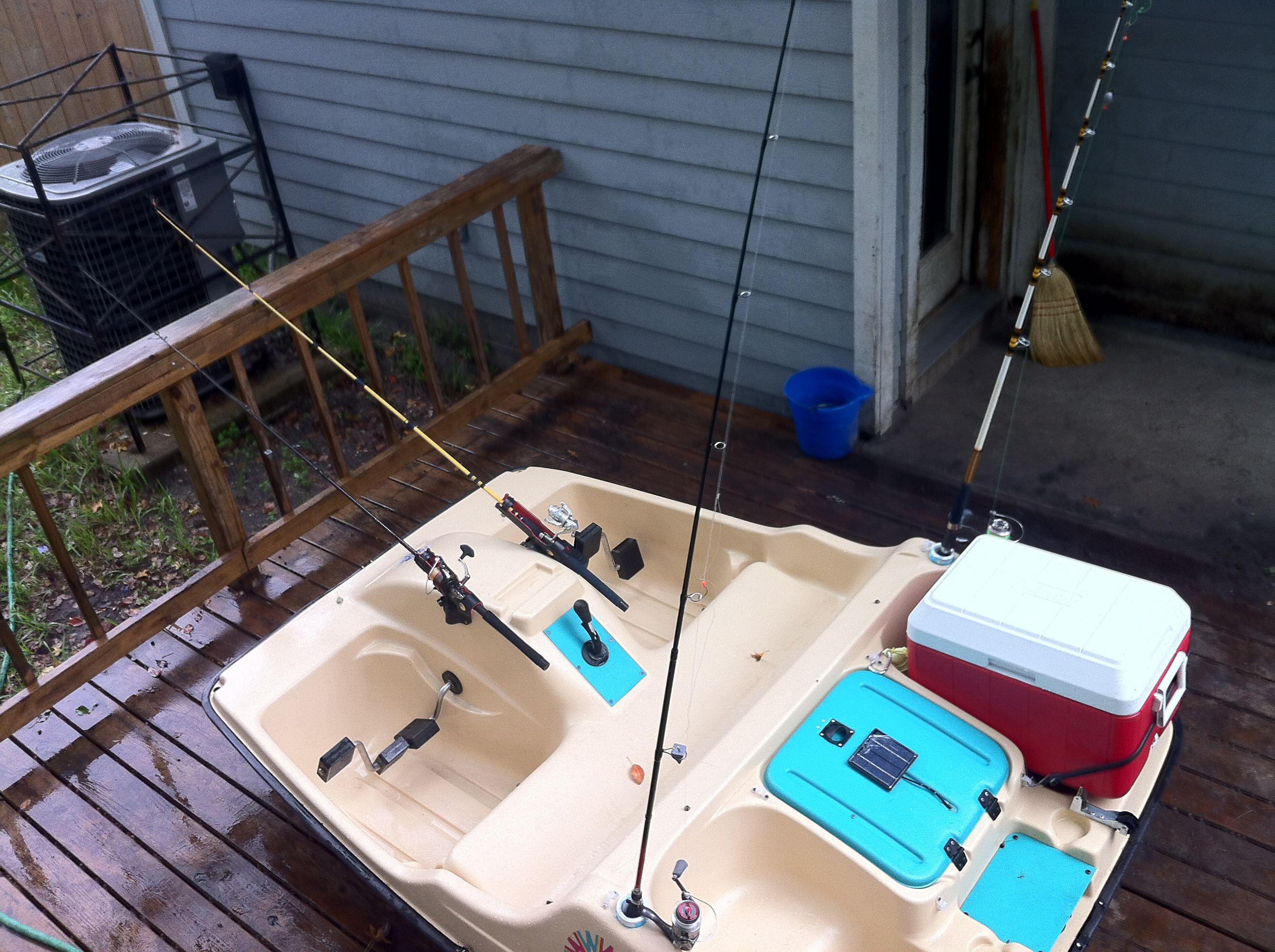 My finished paddle pedal fishing boat project has 4 rod for Fishing paddle boats