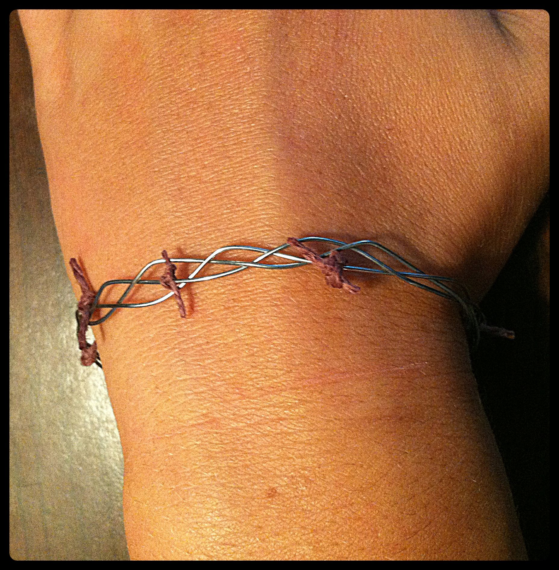 Crown Of Thorns Bracelet Craft I Think All My Kids Would Find This Cool To Wear And It Is A Great Reminder For The Season