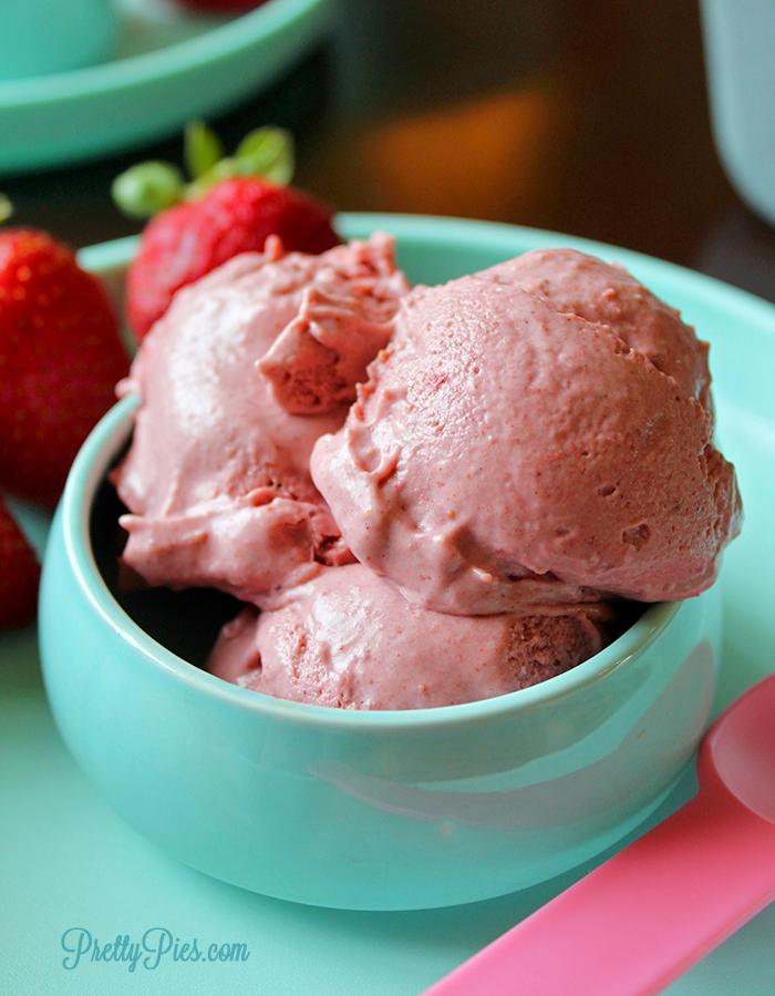 Very Strawberry Ice Cream Vegan Paleo No Sugar Added Recipe Vegan Strawberry Ice Cream Strawberry Ice Cream Homemade Ice Cream