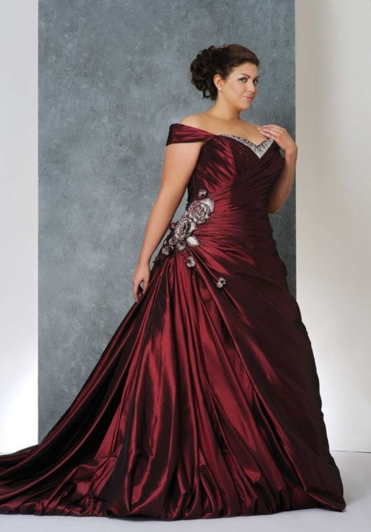 Gorgeous Wine Red Colored Plus Size Wedding Dress For Curvy Bride