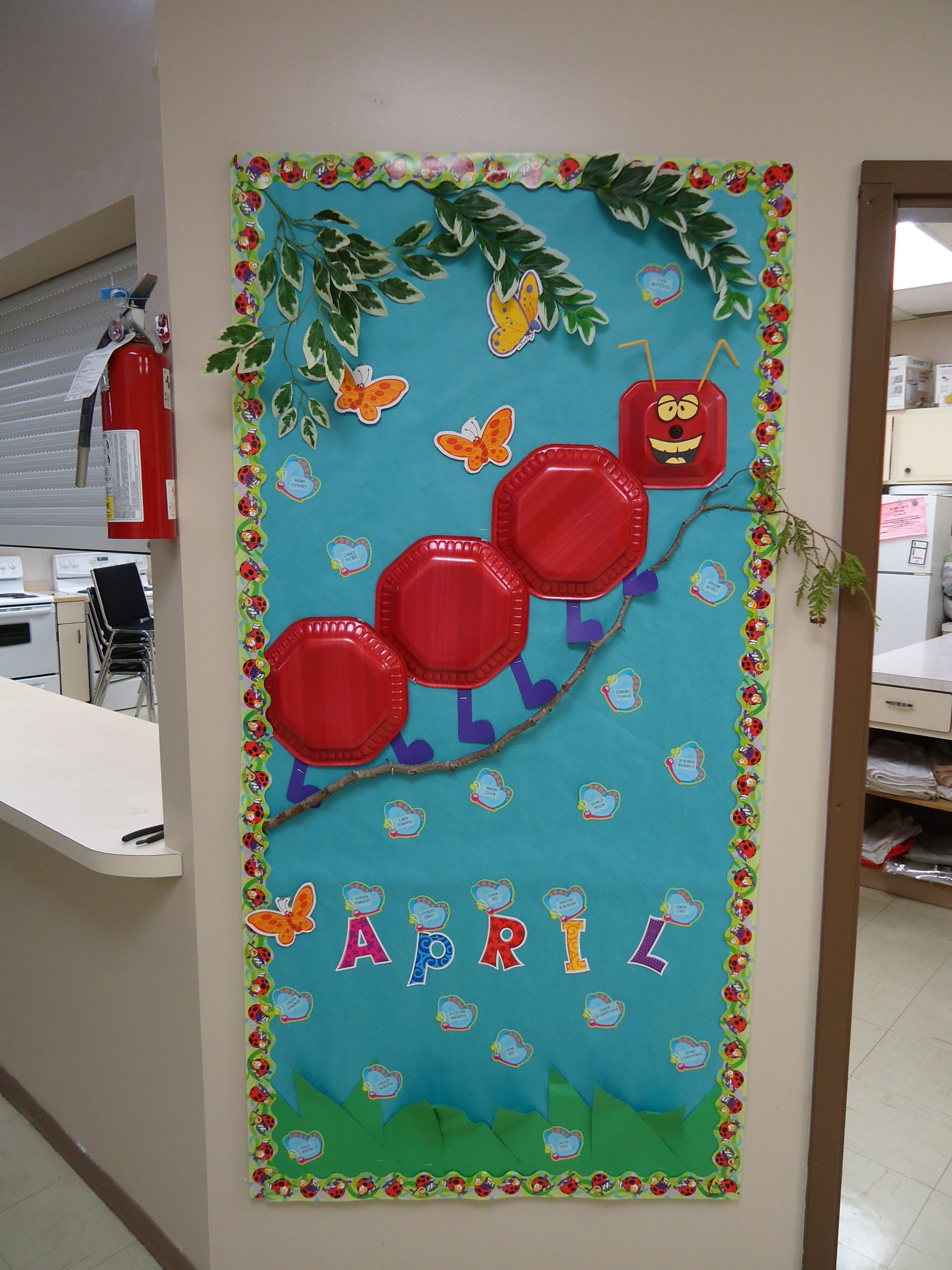 Spring Themed Bulletin Board I Can Use Plates For Flowers