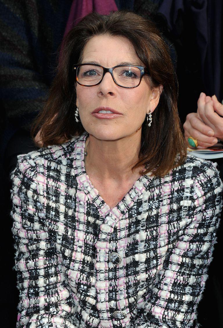039469f8726 Choosing Eyeglass Frames for Older Women