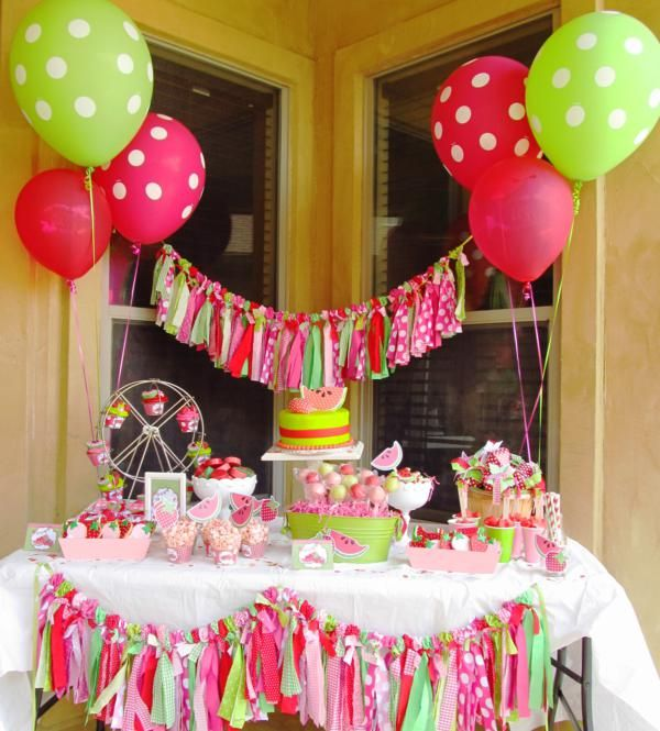 love the scrap ribbon garland as decoration on table SO cute See