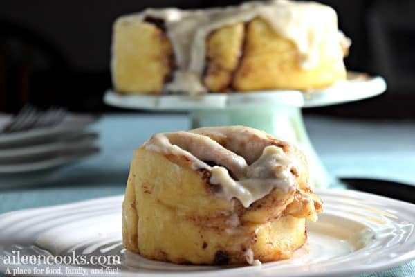 Instant Pot Cinnamon Rolls from Scratch #peachcobblercheesecake