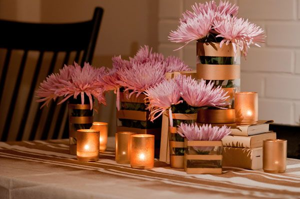 DIY Centerpiece.  Video here:  http://www.thesweetestoccasion.com/2011/11/diy-holiday-centerpiece/