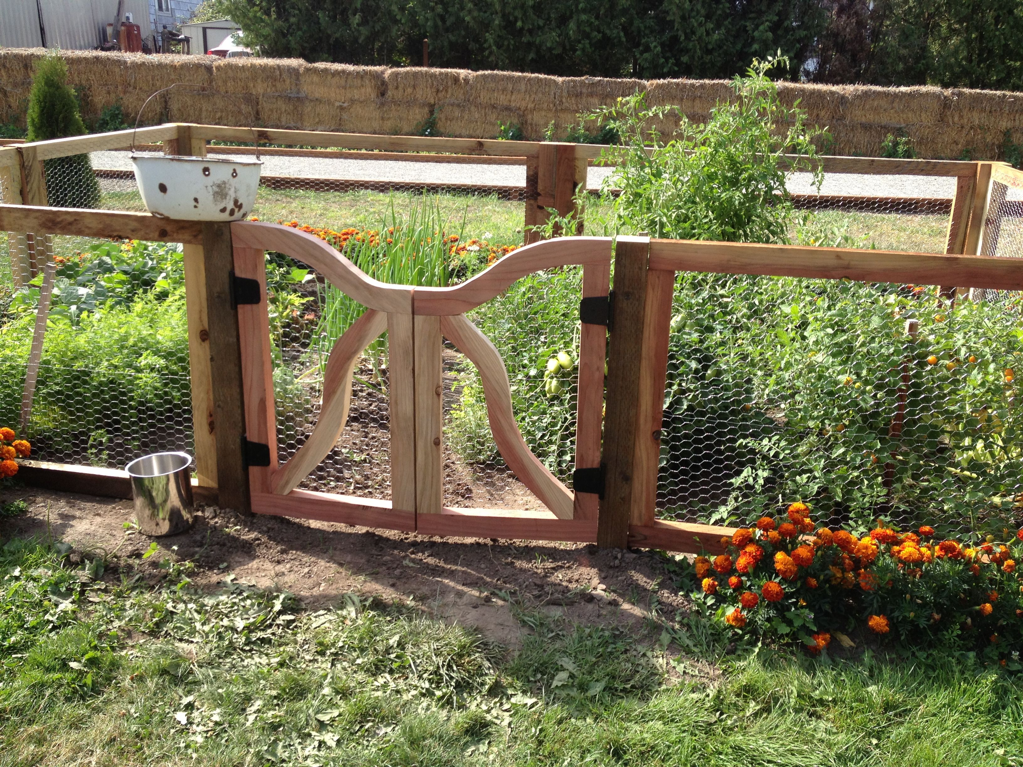 Rustic Garden Gate And Fence Lawn