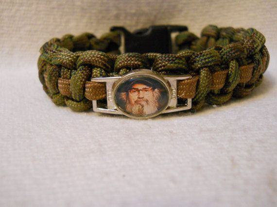 Duck Dynasty 550 Paracord Bracelet With Emblem By Bandbparacrafts 7 00