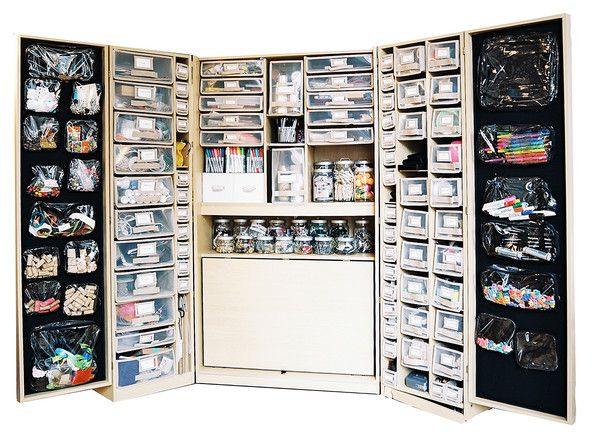 Great Organization   Craft Supplies Organized In Plastic Drawers And Glass Jars