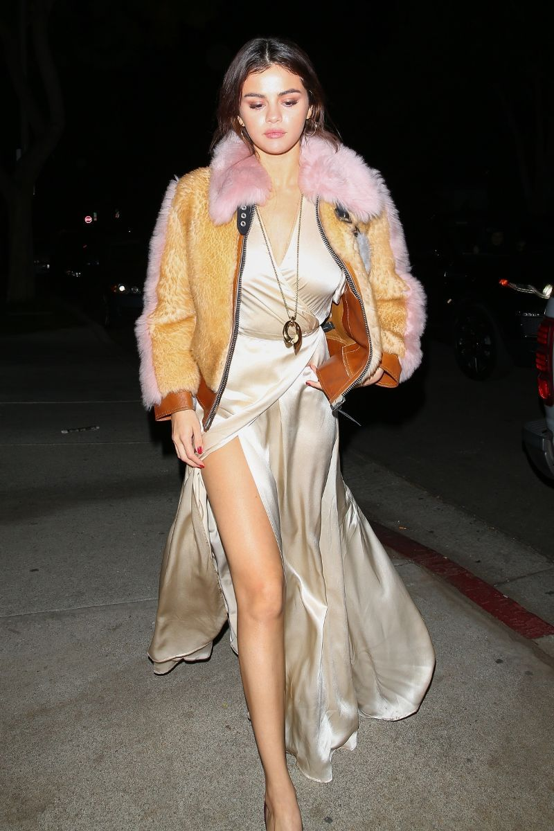 Coming Soon: A Zero Effort Way to Get Selena Gomez Style (WhoWhatWear.com)
