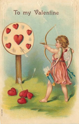Valentine-Cupid-Aims-Arrows-At-Target-Pierced-Red-Hearts-Fall-Emb-Ser711-Germany