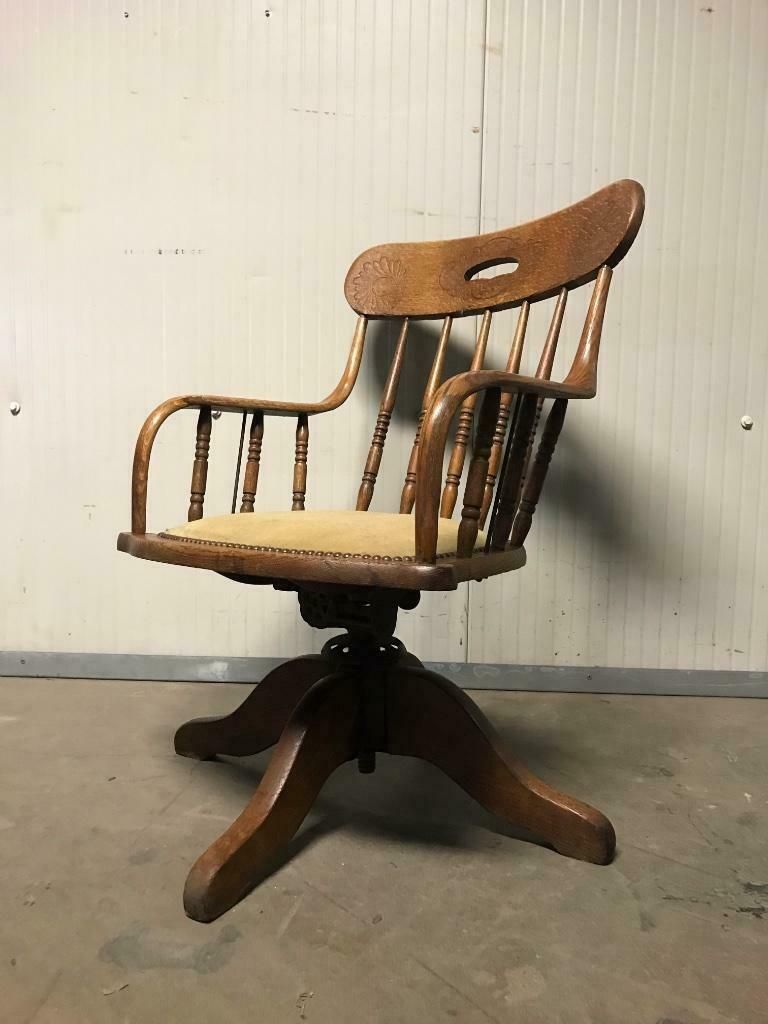 Antieke Lounge Stoel.Antieke Bureaustoel Fauteuilook Tof Als Loungestoel Oude Stoel