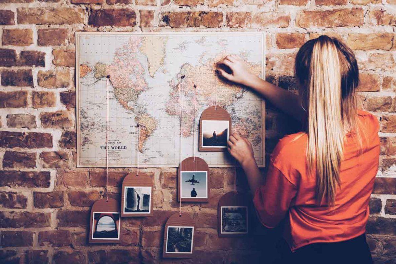 Weltkarte Mit Pins Fur Schone Reiseerinnerungen Travel Map Pins