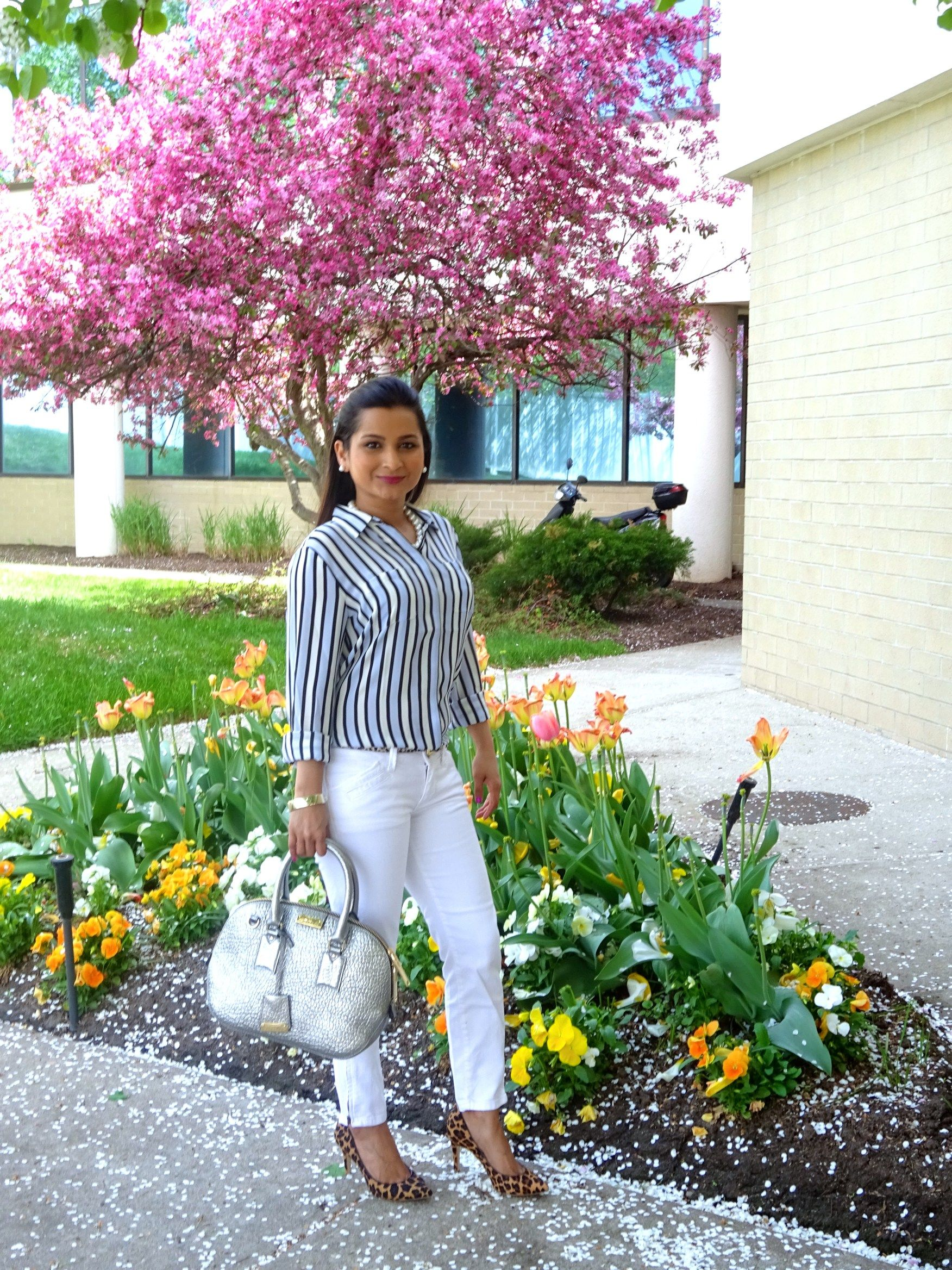When the white jeans come out to play you know it's spring weather! The best…