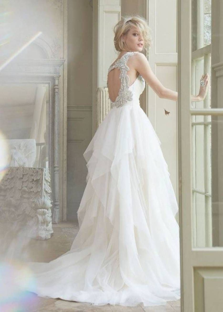 Retro wedding dress  Adorable Vintage Wedding Dress Vintage Wedding Dresses